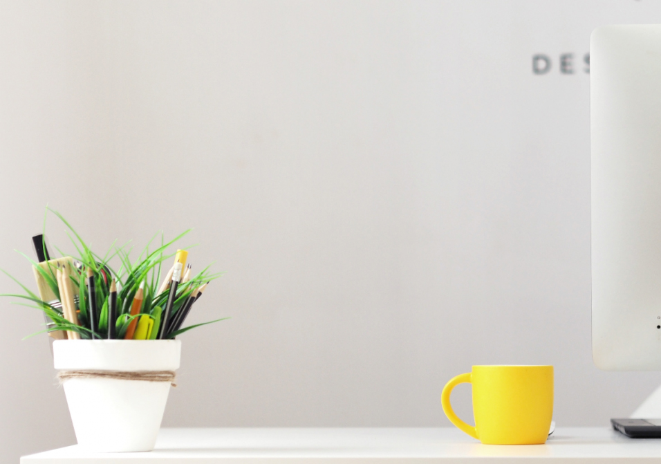 Decluttering Your Office Workspace