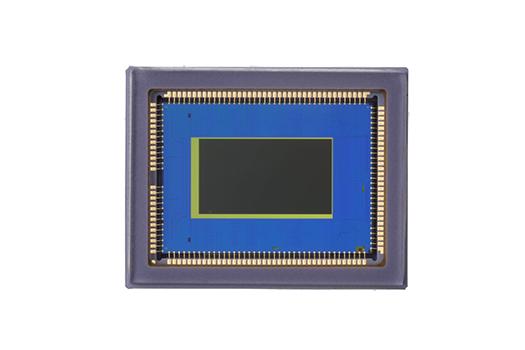 LI7050